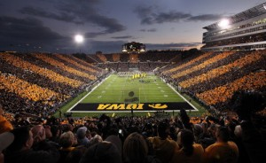 Kinnick Stadium needs something new and exciting to cheer for. The current atmosphere just isn't enough.