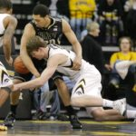 Hawkeyes get much needed win against Purdue