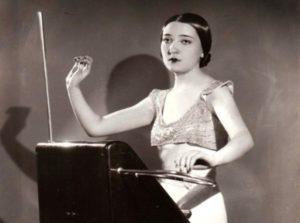 Clara Rockmore_Theremin