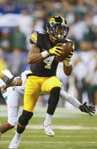 Tevaun Smith pulls in his 85-yard touchdown catch and run from C.J. Beathard to give Iowa the lead at 13-9 (Stephen Mally/The Gazette).