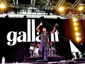 Gallant performing at Coachella 2016 Image via: www.radio.com