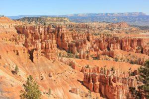 Bryce Canyon (image via Minshen Guo)
