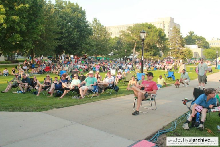 Iowa-City-Jazz-Festival-Crowd-on-Grass