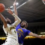 Hawkeyes use defense to beat UMKC