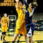 Fifth Straight Loss for Women's Basketball