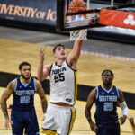 Hawkeye Basketball cashes in on Black Friday with 103-76 win over the Western Jaguars